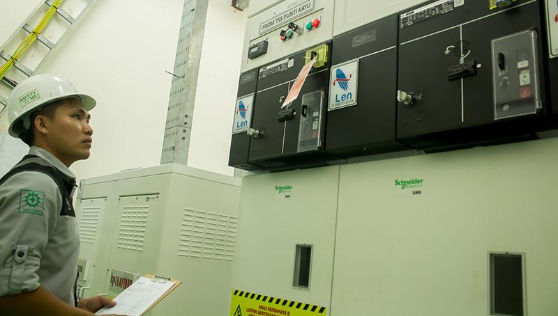 Pemeriksaan Sistem Power di LRT Palembang